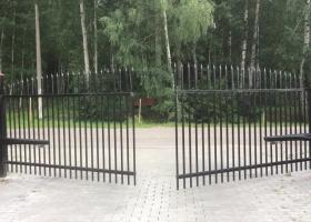 Автоматика для распашных ворот Алютех
